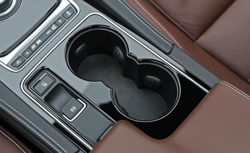 Nội thất xe Jaguar F Pace new model 023