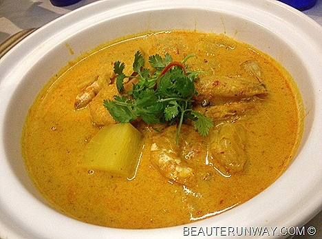 AZUR CROWNE PLAZA Udang Lemak Nanas Prawns with pineapples in coconut curry PERANAKAN BUFFET SPREAD BY CHEF CHAN KENNY'S DELIGHT