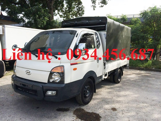 Xe Hyundai 1 tấn cabin kép thùng bạt