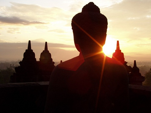 borobudur-indonesia-sunrise