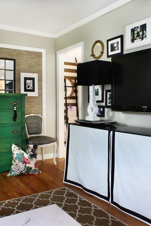 TV wall via the Hunted Interior
