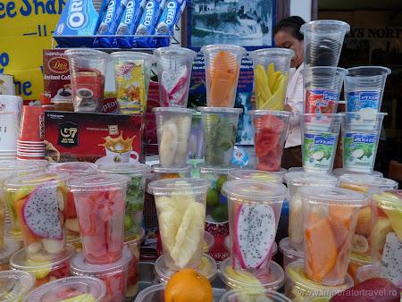 147. sucuri fructe exotice.JPG
