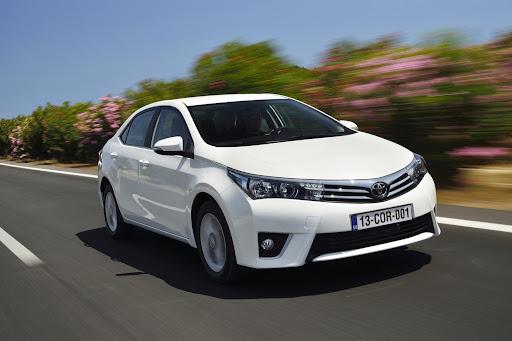 2014-Toyota-Corolla-60.jpg