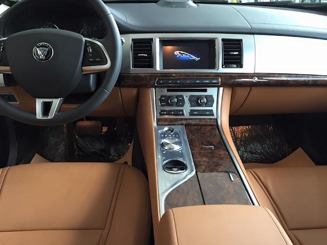 Nội Thất Xe Jaguar XF Premium Luxury 01