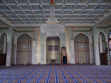 12. Moscheea de langa Palatul Sultanului.JPG