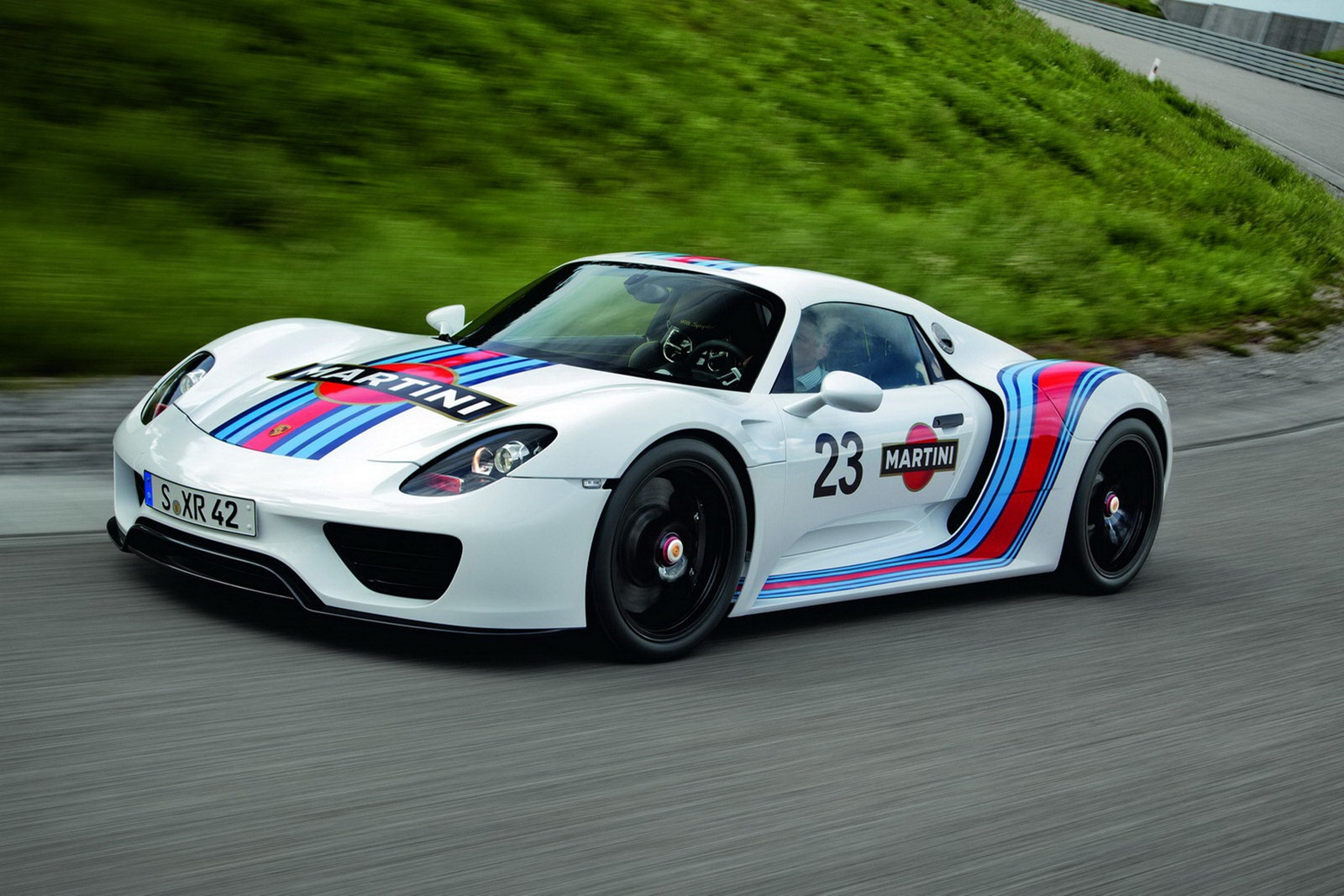 Porsche Confirmed That The 918 Spyder Has Set A Lap Time On Nürburgring Nordschleife Of 7 Minutes 14 Seconds Places It In Cur Top 5