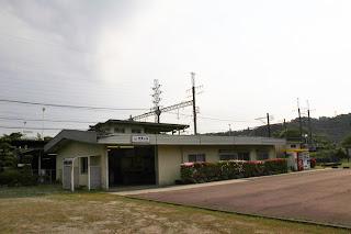 近鉄東青山駅