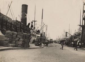 Bocoys de plátanos para su embarque en un buque de Fred. Olsen. Foto ARCHIVO FEDAC.jpg