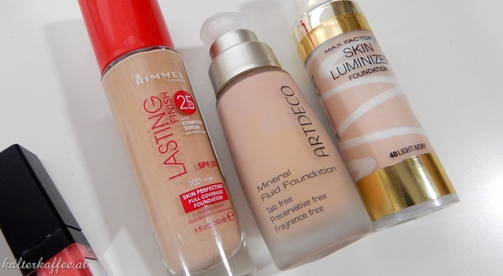 Max Facor Skin Luminizer Foundation