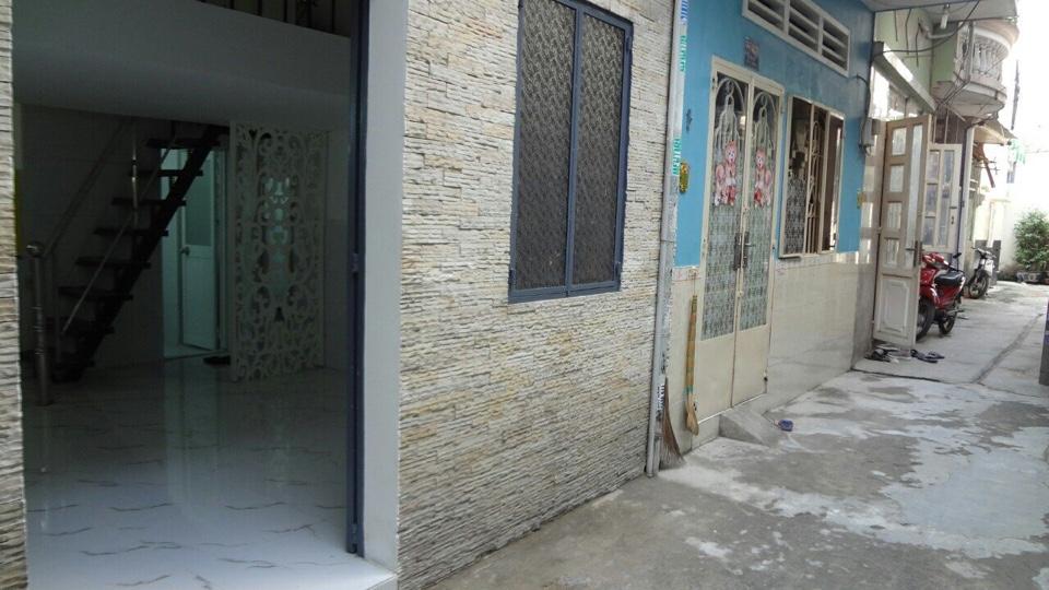 Bán nhà hẻm đường Vườn Lài Quận Tân Phú, diện tích 4m x 5.25m, 1 trệt, 1 lửng, 1 lầu, giá 2,25 tỷ TL nhẹ.2