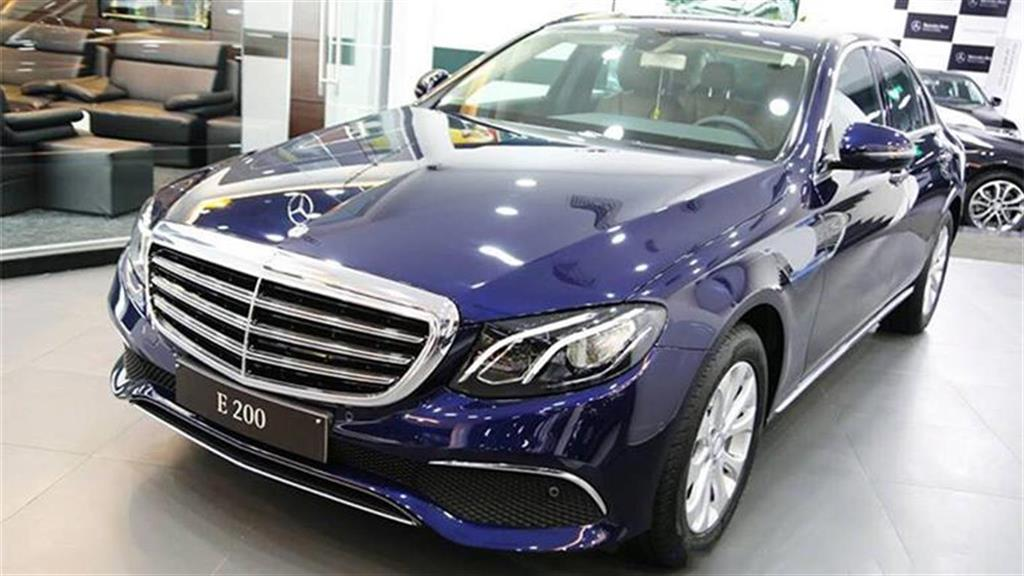 xe Mercedes Benz E200 Edition E 01
