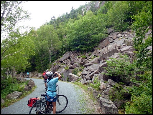 07d - Heading to Post 21-20-19-12 - rock slide