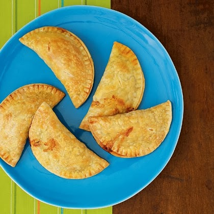 argentinian-ham-cheese-empanadas-recipe-photo-420-FF0309LATINA03.jpg