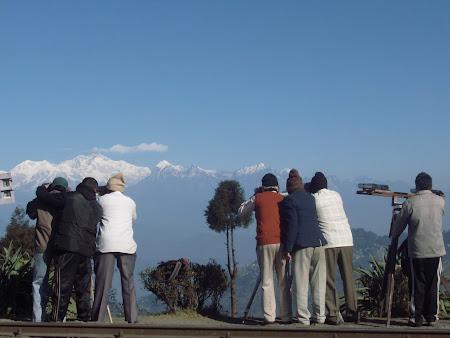 Obiective turistice India: dimineata devreme in Batasia Loop Darjeeling