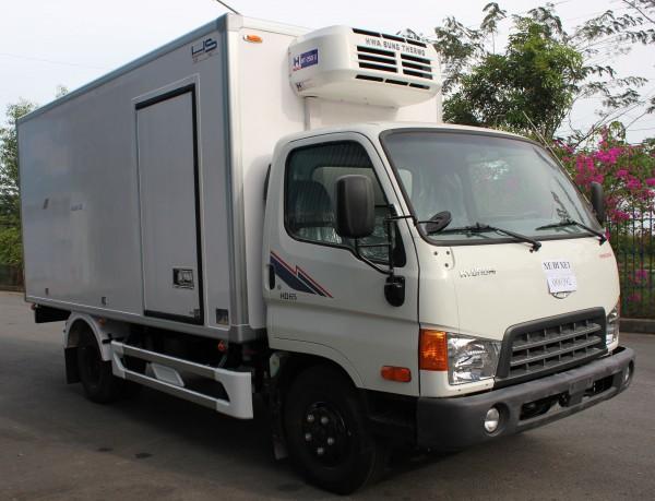 Hyundai 2,5 tấn thùng đông lạnh