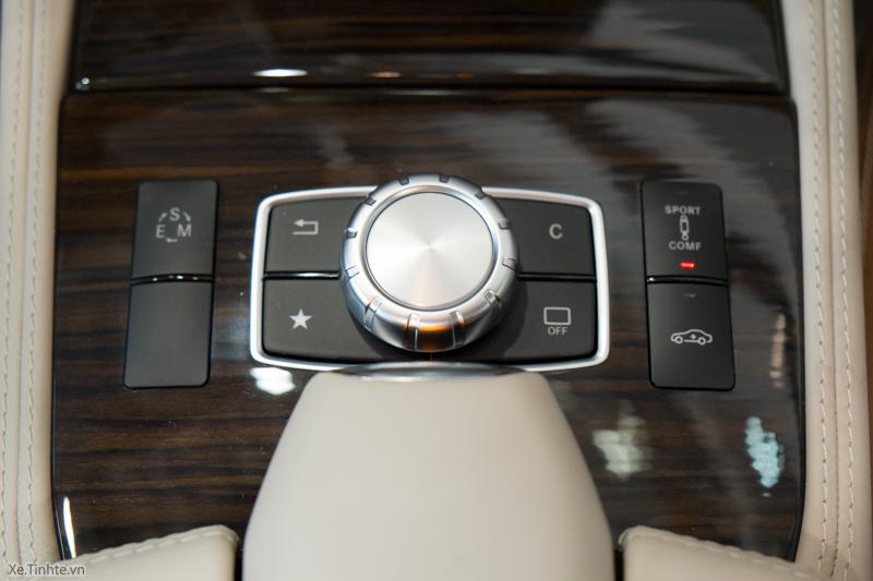 Xe Mercedes Benz CLS500 New Model màu trắng 025