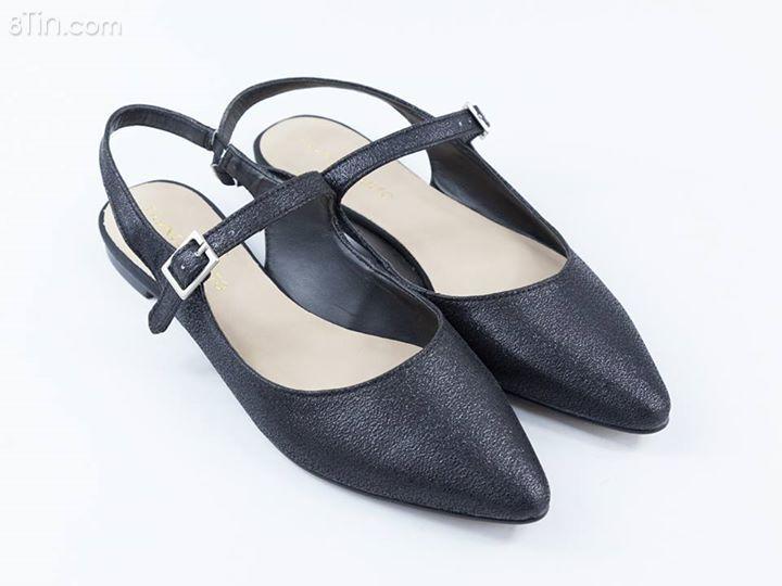 Tổng hợp các mẫu xăng đan, giày bệt, giày lười... hoặc chỉ