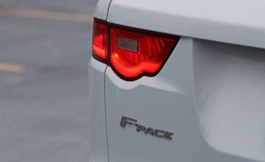 Ngoại thất xe Jaguar F Pace new model 012