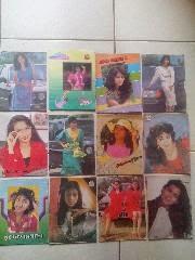 Buku tulis kenangan jaman sekolah .gambar trend artis tahun 1980an. Marissa haque. Paramita rusady. Dian nitami.Ana maria dan lainnya. 12 buah.minat hub 0858 6623 0123