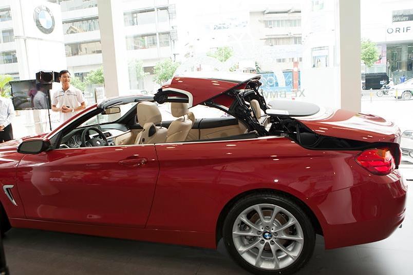 Xe BMW 428i Convertible 010