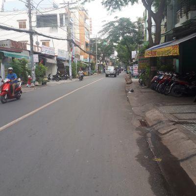 Bán nhà cấp 4 mặt tiền đường Thạch Lam Quận Tân Phú2