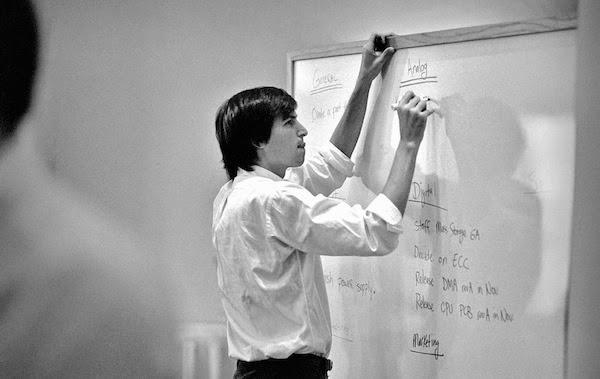 Steve Jobs outlines the digital revolution