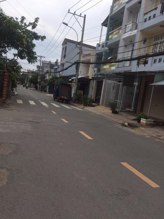 Bán nhà phố mặt tiền đường Nguyễn Hậu Quận Tân Phú 02