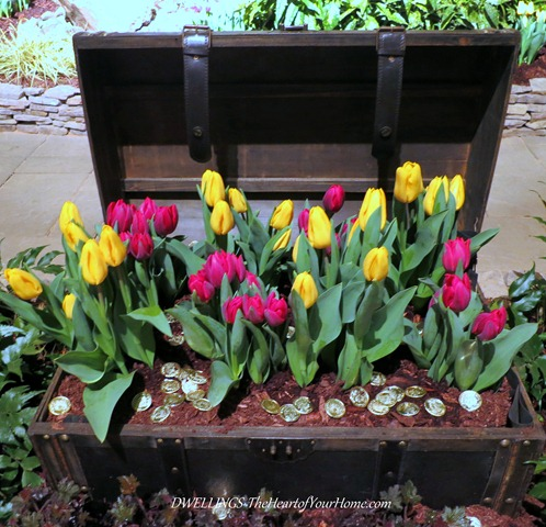 Southern Spring Show tulip treasure chest