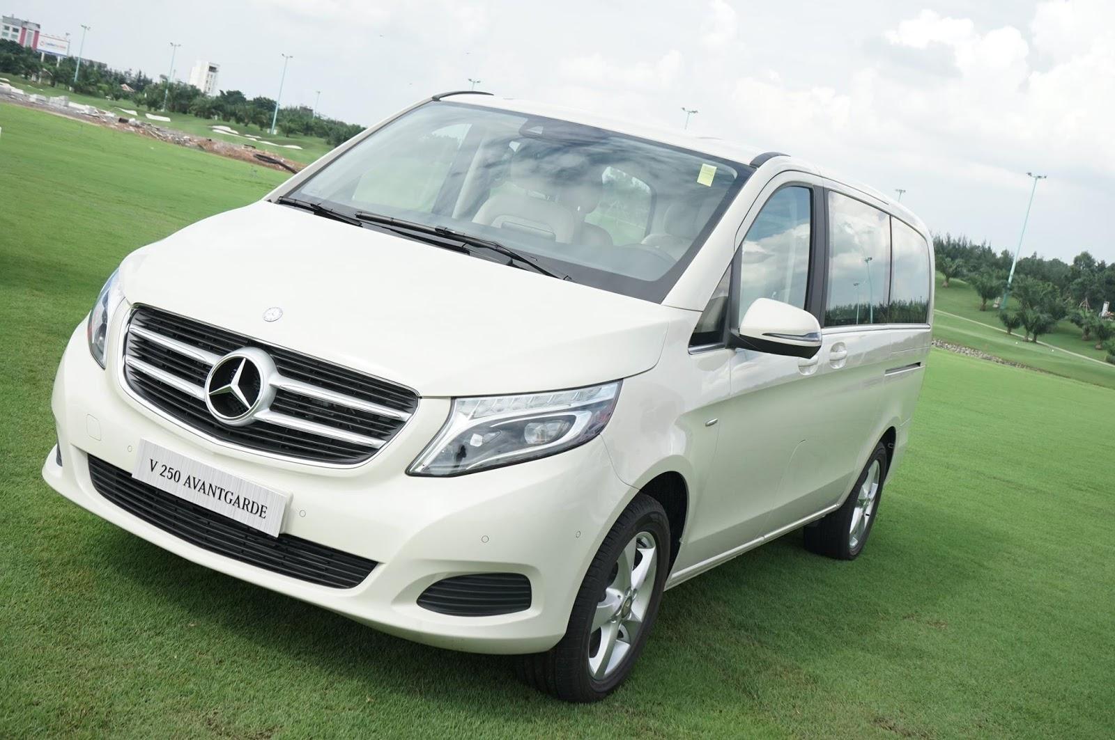Xe Mercedes Benz V250 Avantgarde Máy Xăng màu trắng 01