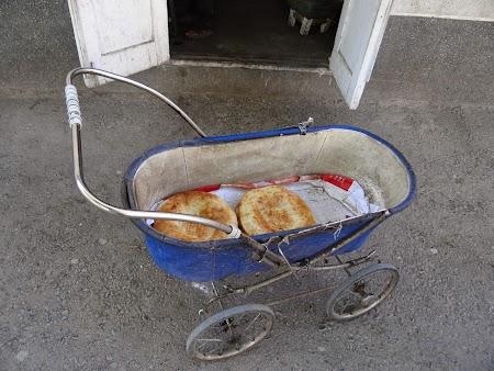 37. Distributia de paine.JPG
