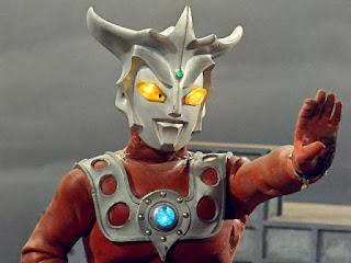 Hình Ảnh Ultraman Leo