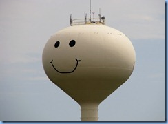 2568 North Dakota Grand Forks - Smiley Face Water Tower
