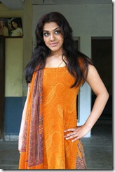 Tamil Actress Sandhya New Cute Photos