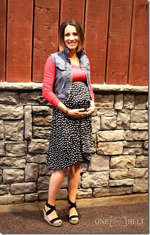 maternity-style-polka-dot-skirt
