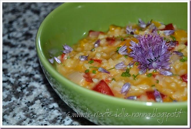 Risotto vegan fiorito con erba cipollina e peperoni (13)