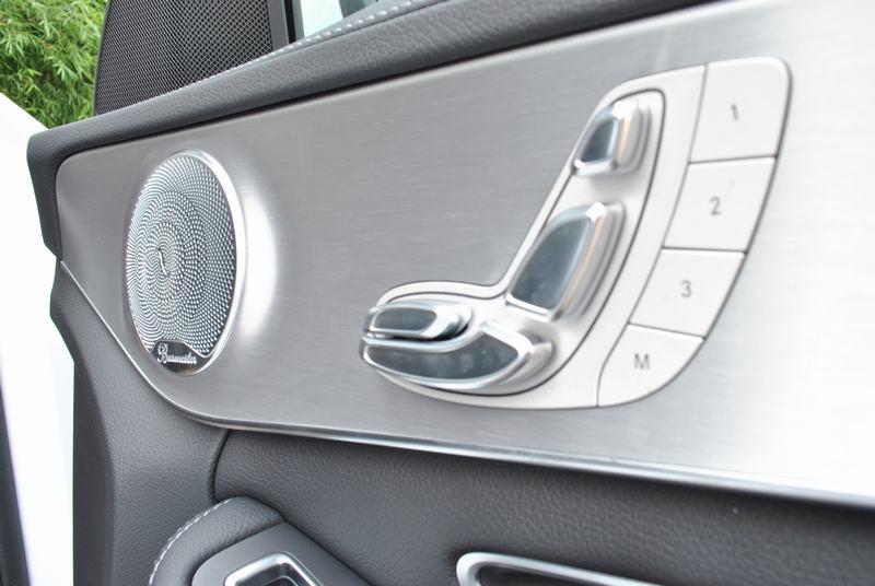 Giá xe Mercedes Benz C300 AMG New Model 08
