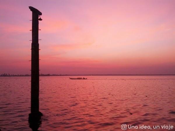 Kerala-backwaters-Allepey-9.jpg