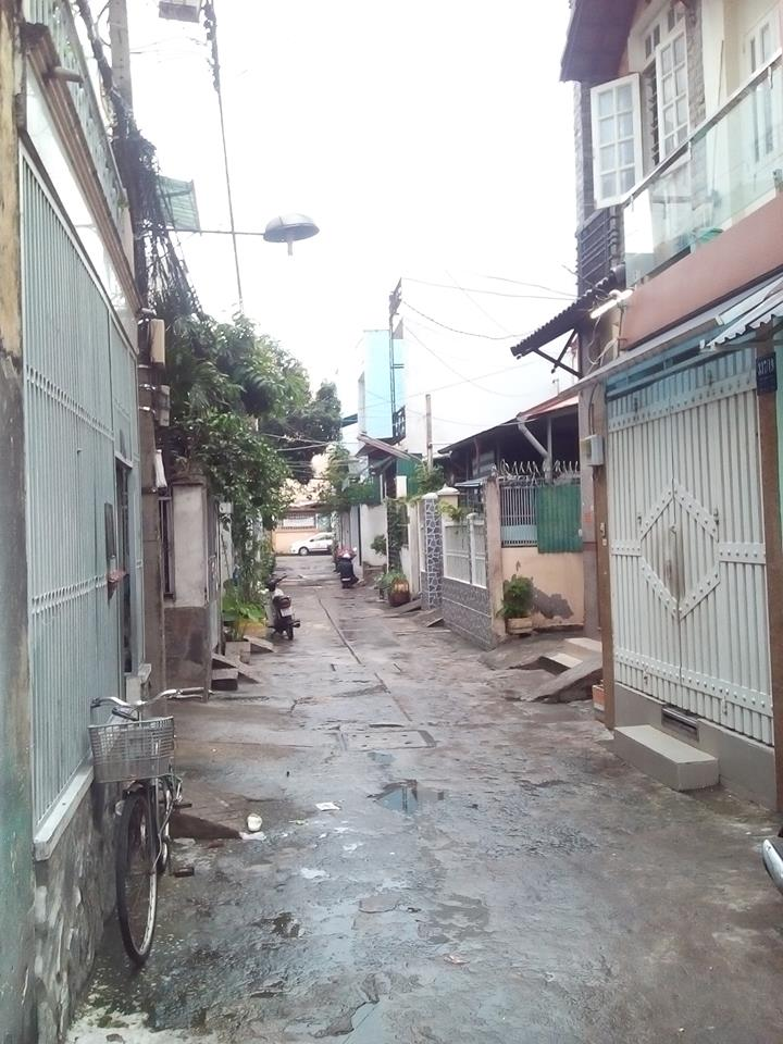 Bán nhà hẻm Quận Tân Phú 04