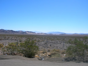 041 - Desierto entre California y Nevada.JPG