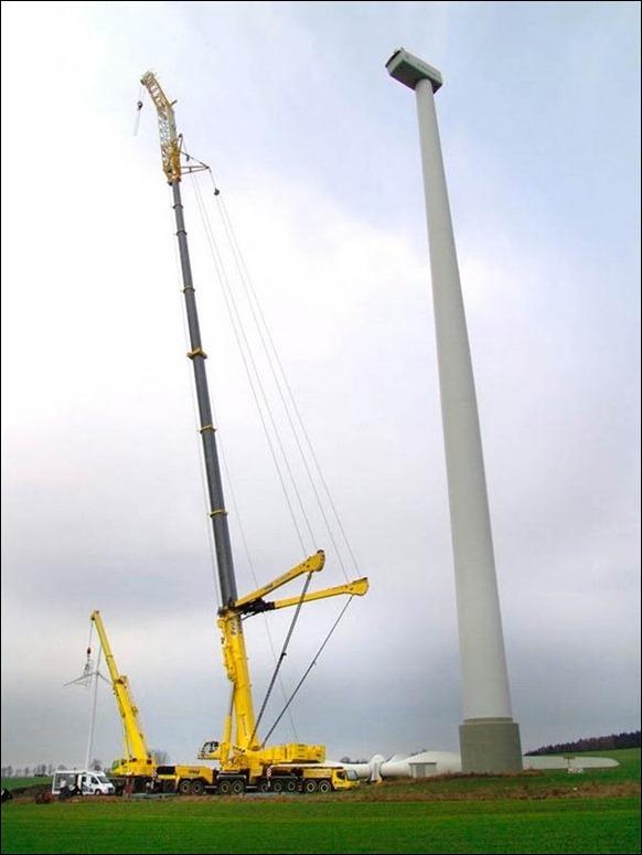 Largest-Mobile-Crane-3