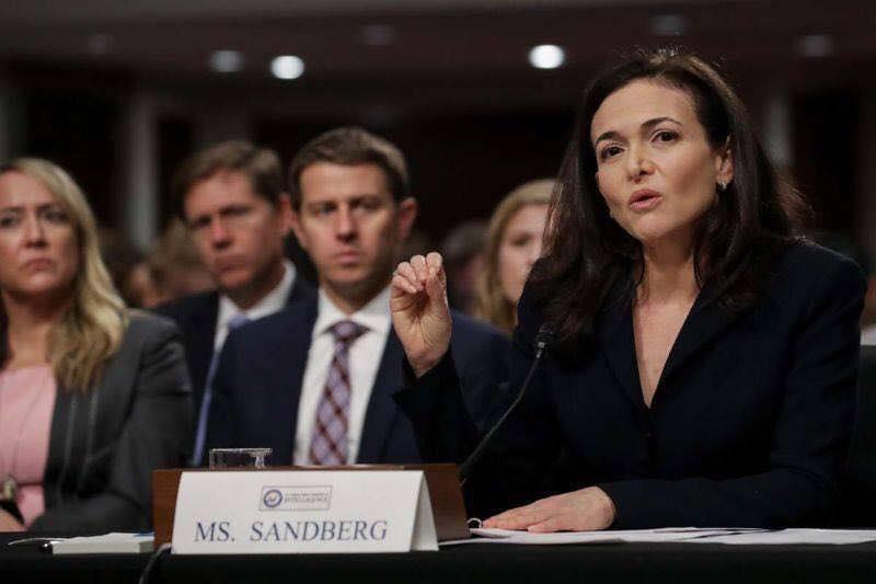 Bà Sheryl Sandberg