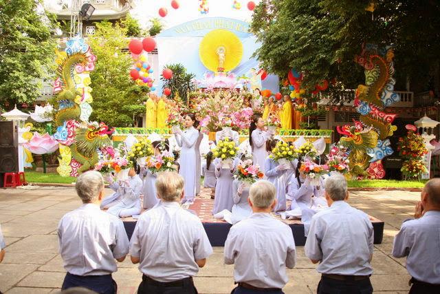 IMG 1844 Đại lễ Phật đản PL 2557 tại Tu viện Quảng Hương Già Lam