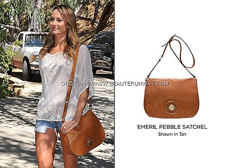 Stacy Keibler OROTON's Emeril Pebble Satchel Bag Tan Leather actress Los Angles models Spring Summer 2013 collection party Clutch, wallets accessories ION Orchard Marina Bay Sands suitable for work happy weekend outing