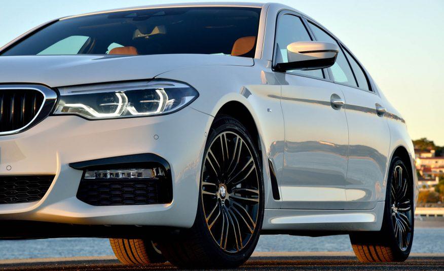 Xe BMW 528i New Model 01