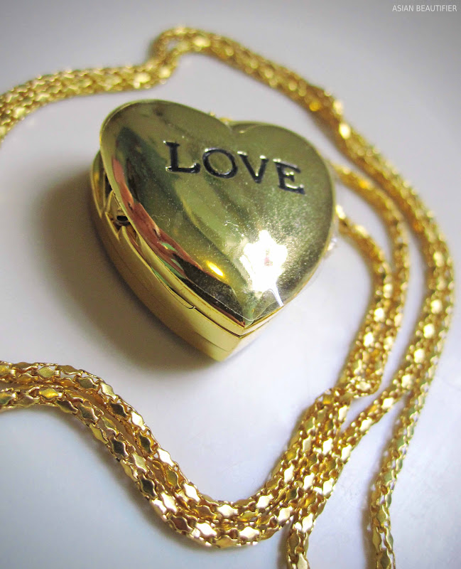 Love Heart Pendent With a Watch