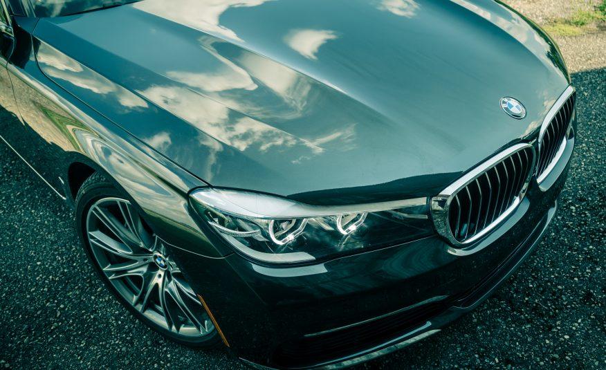 Xe BMW 740Li 03