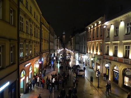 23. Principala strada comerciala din Cracovia.JPG