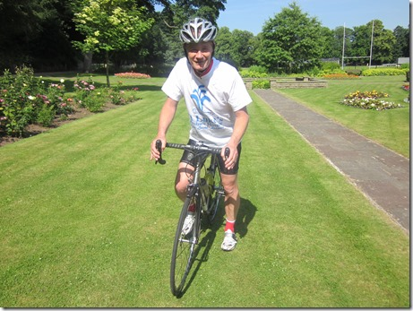 Oliver Rowe, 54, cycles Lands End to John O'Groats for St Luke's Hospice