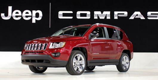 detroit_auto_show_2011_jeep_compass_2