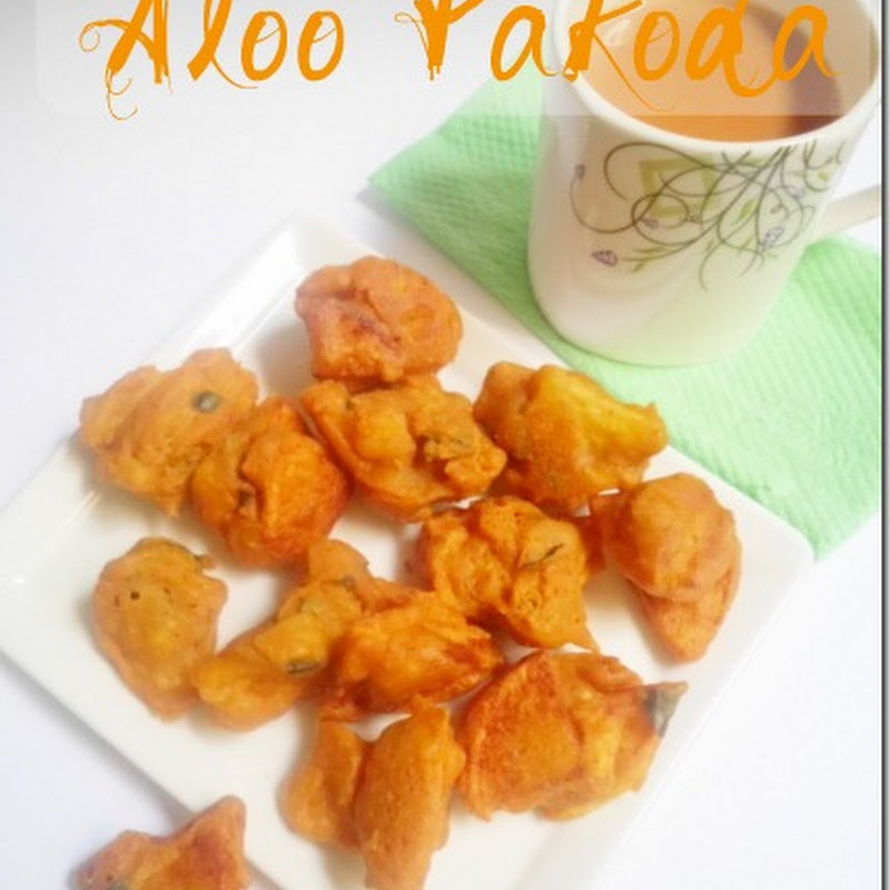 Aloo Pakoda | Potato Fritters Recipe